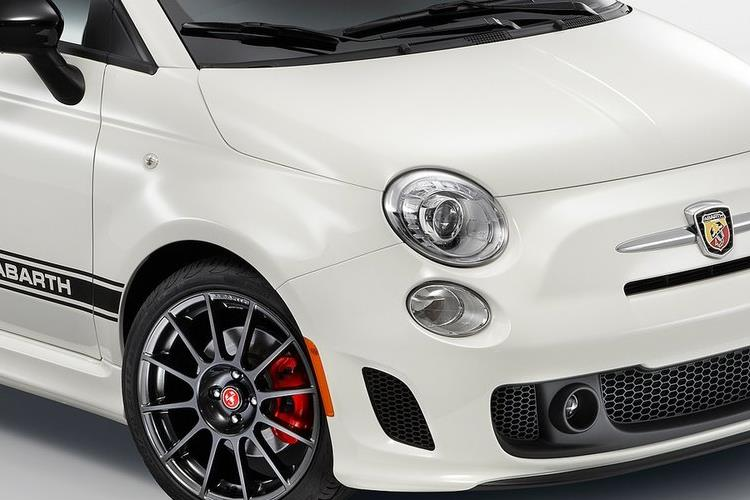 Abarth 595 C Cabrio 1.4 T-Jet 165PS Turismo 2Dr Manual detail view
